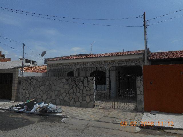 Casa na rua H conjunto augusto franco bairro farolandia