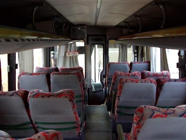 Ônibus rodoviário Comil 3.45 motor Mercedes O400 eletrônico ano 2000 46 lugares soft - Foto 10
