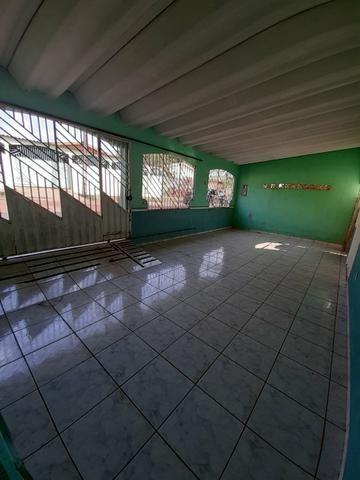 Aluga-se ou vende-se essa casa - Foto 2