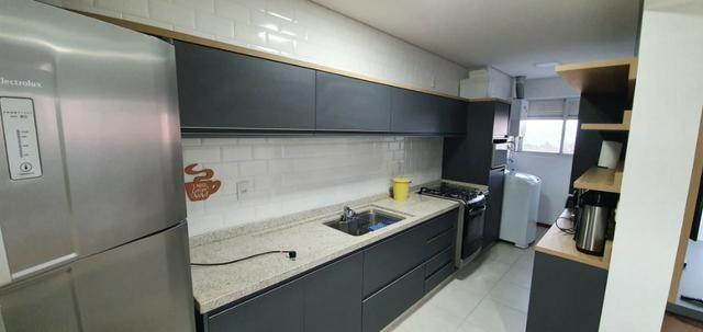 Apartamento Frente Mar, Mobiliado, 2 Quartos, Andar Alto, Balneário Piçarras - Foto 12