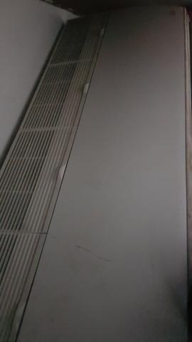 Ar Condicionado 54.000 BTUS marca lg - Foto 2