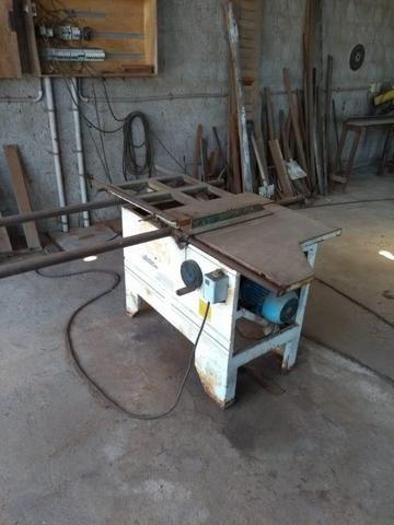 Máquinas para serraria e Movelaria