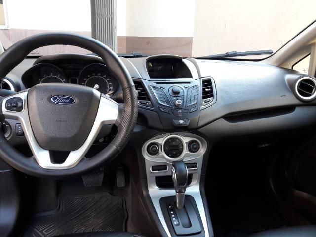Ford New Fiesta Sedan 1.6 Automático - Foto 9