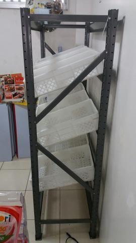 VENDO FRUTEIRA NOVA SLIM C/9 CAIXAS 2,00x1,20x0,60 - Foto 2