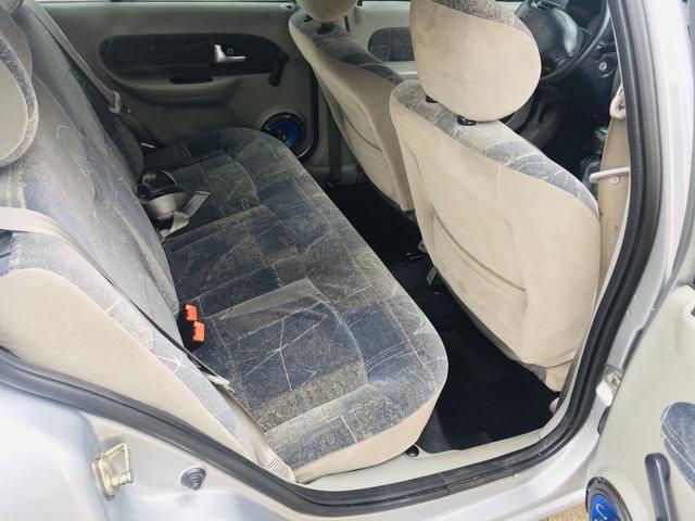 Clio Sedan Expression 1.6 - Foto 14