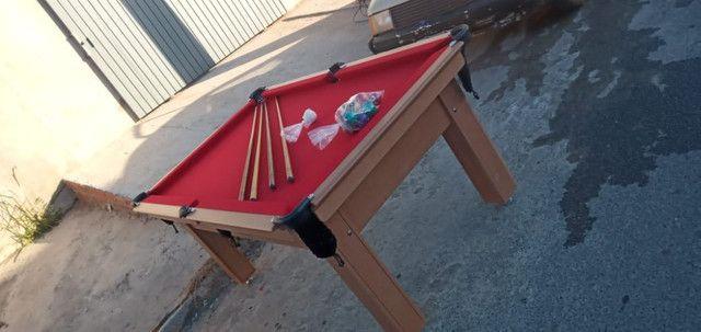 Mesa Tentação Pgto na Entrega Cor Cerejeira Tecido Vermelho Mod. VIXQ3351