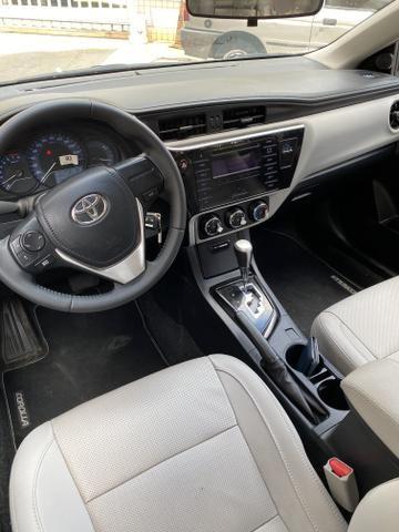 Toyota Corolla Gli Upper 2018 baixa km IPVA 2020 PAGO! - Foto 6