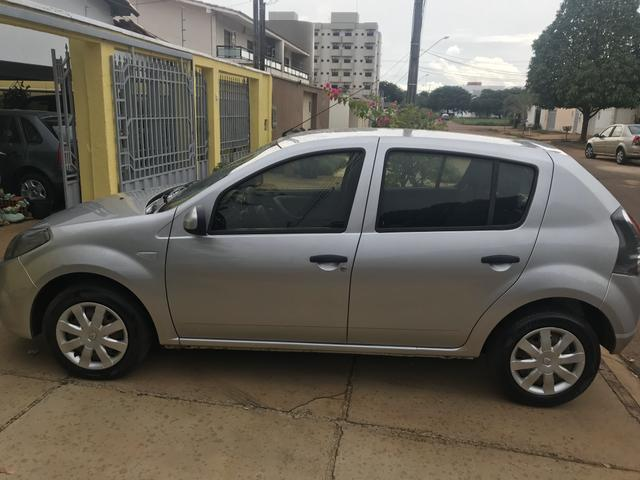 Vendo Renault Sandero 2014 - Foto 9