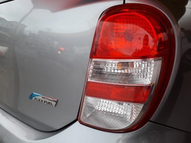 Veículo Nissan March - Foto 2
