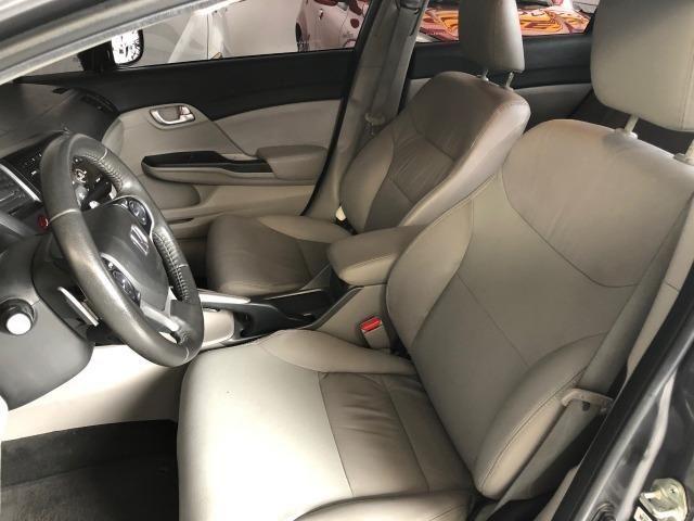 Civic LXR 2015, automático, 32.000km, pneus novos, revisões na Honda - Foto 7