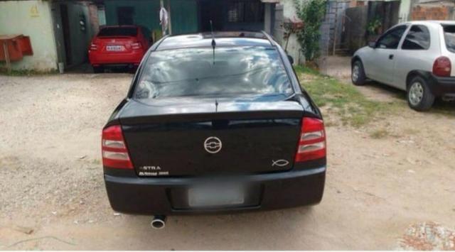 Astra sedan 2004 1.8 - Foto 3