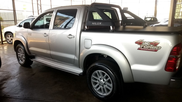 Hilux Srv 3.0 Turbo Diesel At 2014/14 - Foto 15