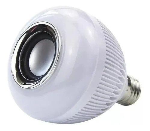 R$79,90 - Lampada Led 12w Rgb Caixa Som Bluetooth Controle 2 Em 1 Mp3 - Foto 5