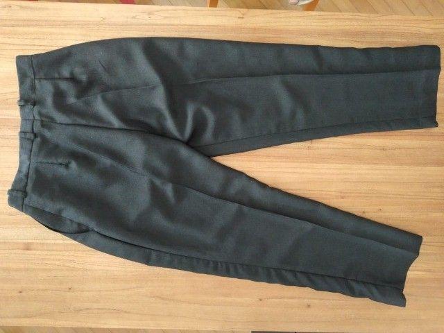 Calça feminina preta em crepe - Foto 2