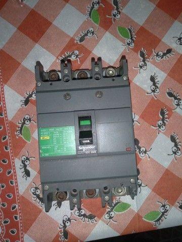 Djuntor trifásico, 150 Amperes