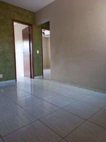 A RC + IMÓVEIS vende um apartamento no bairro de Vila Isabel em Três Rios -RJ - Foto 3