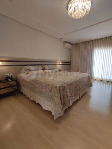 Casa sobrado em condomínio com 4 quartos no Condomínio Jardins Paris - Bairro Jardins Pari - Foto 14