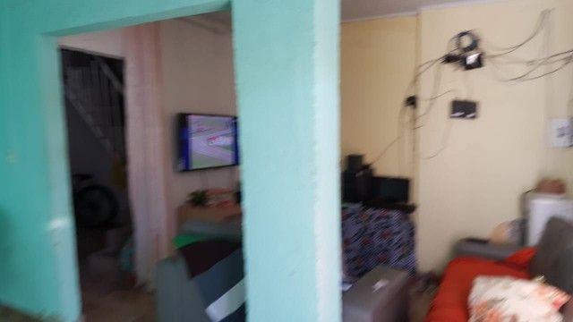 Vendo casa de primeiro andar - Foto 2