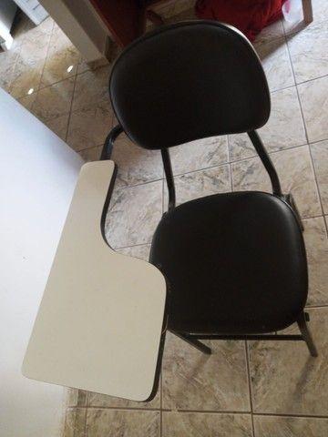Vendo 1 Cadeira Universitária