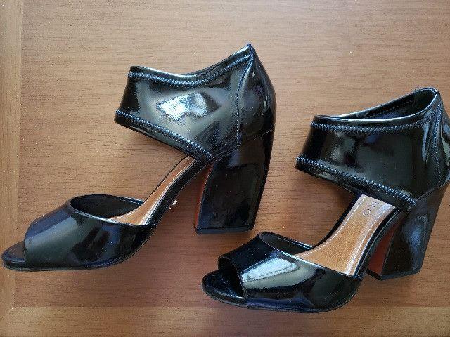 Sapato Preto Verniz Carrano 36 - Foto 5