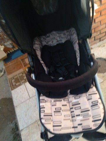 Vendo carrinho bebê Completinho sem mancha nada estragado novinho da marca peg-perego   - Foto 4