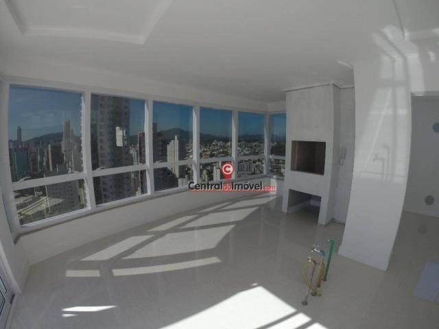 Apartamento Residencial à venda, Centro, Balneário Camboriú - AP1055.