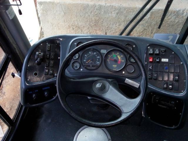 Ônibus rodoviário Comil 3.45 motor Mercedes O400 eletrônico ano 2000 46 lugares soft - Foto 12