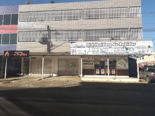Ótima prédio, com 03 lojas e 04 apartamentos na avenida potiguar, de esquina - Foto 7
