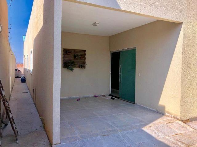 Excelente Casa 3 Quartos no Setor de Mansões, Casa Toda na Laja e C/ Telhado Embutido - Foto 3
