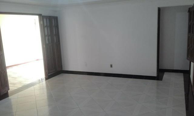 Oportunidade Casa Grande em Itapuã - Foto 6