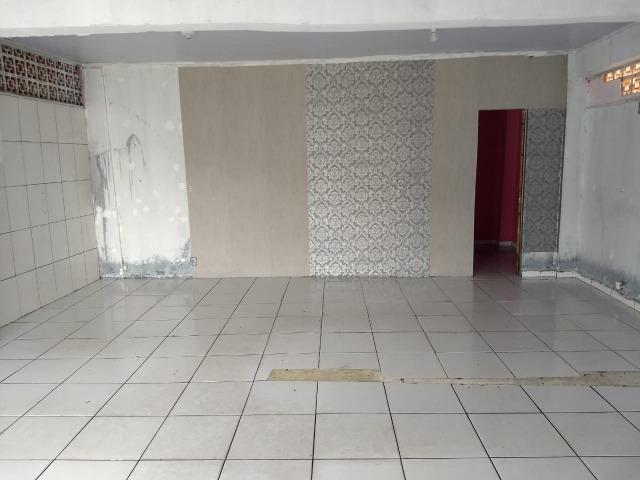 Loja com Área Total de 50 m² para Aluguel Avenida Principal em Itapuã (773943) - Foto 4