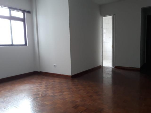 8009 | Apartamento para alugar com 3 quartos em Zona 07, Maringá - Foto 6