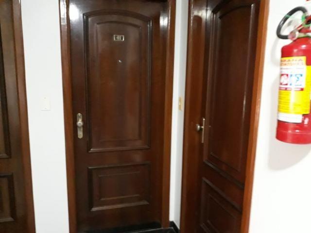8009 | Apartamento para alugar com 3 quartos em Zona 07, Maringá - Foto 4