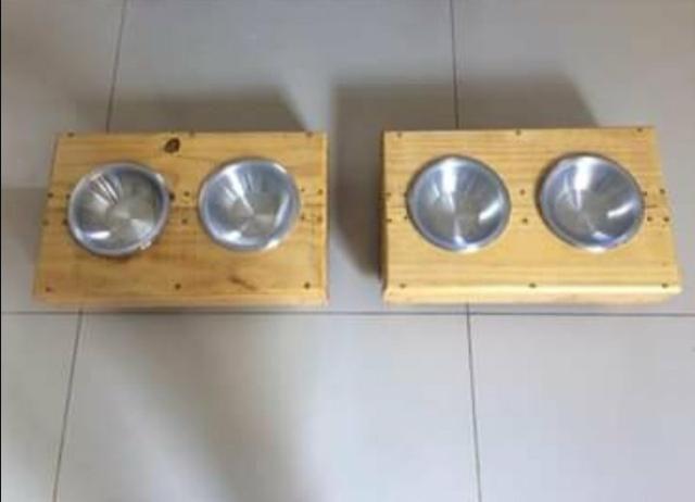 Comedouro para caes e gatos feito de madeira de palet - Foto 3