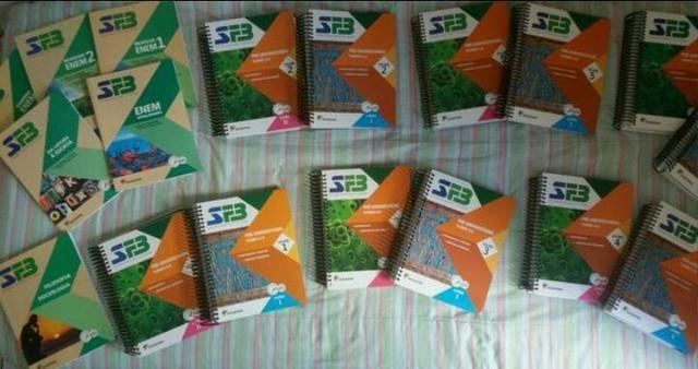 Livros FB 3° ano do ensino médio