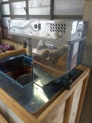 Vende-se máquina de sorvete está nova na caixa nunca foi usada - Foto 2