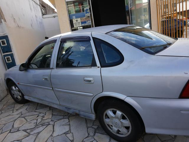 Carro Vectra 99 - Foto 4