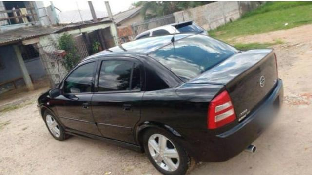 Astra sedan 2004 1.8 - Foto 2
