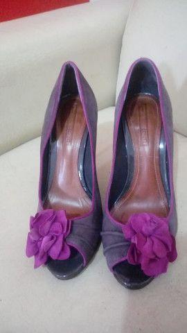 Sapato Schutz detalhe de flor - Foto 2