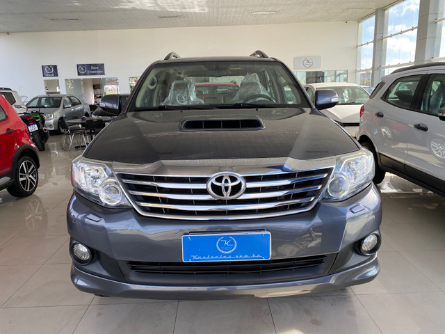 Hilux sw4 7 lugares - Foto 7