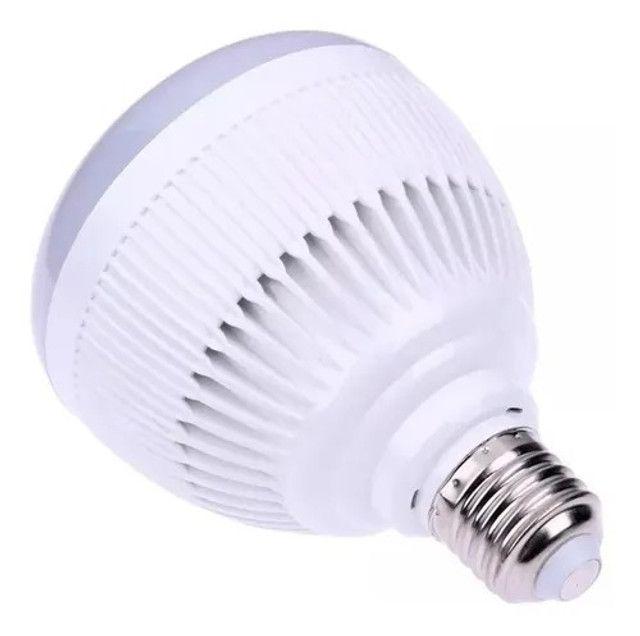 R$79,90 - Lampada Led 12w Rgb Caixa Som Bluetooth Controle 2 Em 1 Mp3 - Foto 4