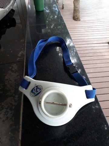 Suporte de cintura para vara de pesca