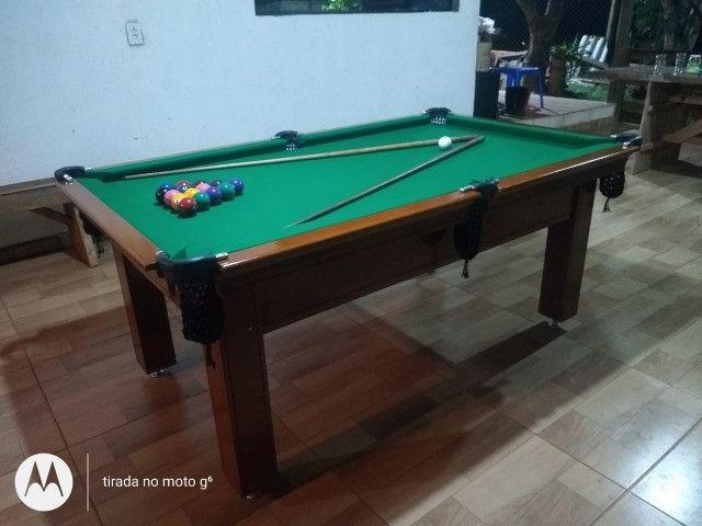 Mesa Tentação 1,93 x 1,18 Cor Imbuia Tecido Verde Mod. RGEP8837 - Foto 2