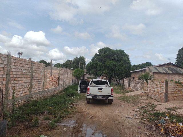 vendo Terreno todo murado e aterrado no bairro vitória régia,próximo rua asfaltada 26x30 - Foto 2