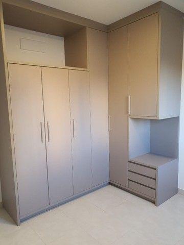 Apto Novo com armários, central, alto Padrão. - Foto 6