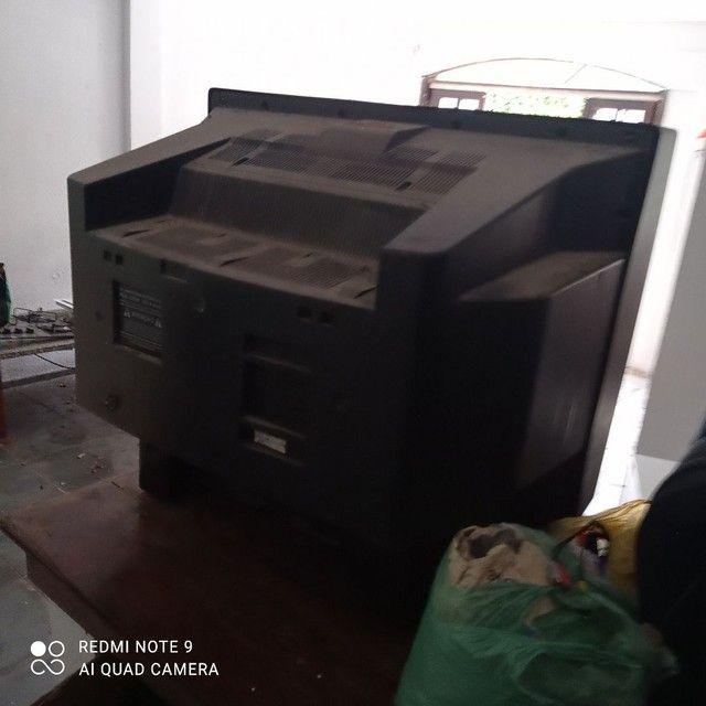 Tv tubo 34 polegadas sem controle e sem conversor ótima  - Foto 3