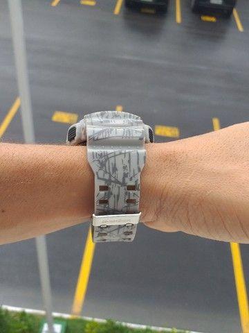 Relógio G-Shock Ga110 Cinza fundo preto Automático digital ponteiro a prova d'agua - Foto 3