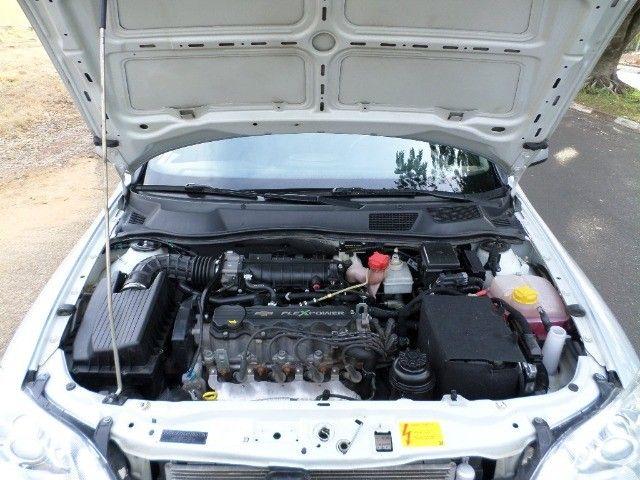 Astra Hatch Advantage 2.0 Flex 140cv 2011  - Foto 14