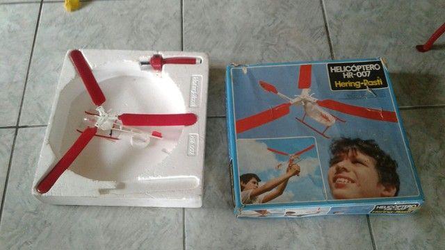 antigo helicóptero hering rasti modelo hr 007 na caixa -leia