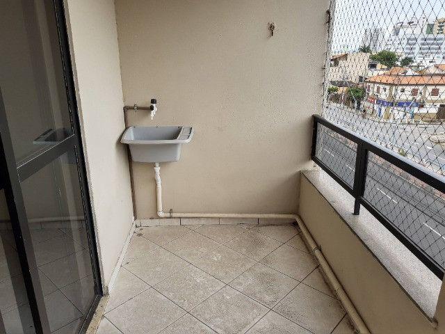 Apart. de quarto e sala , varanda, cozinha americana e Banheiro completo - Foto 6